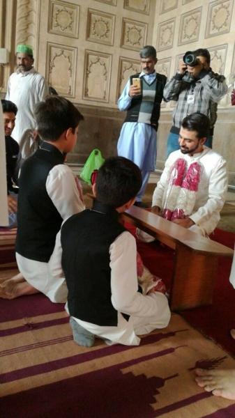 farhan-saeed-saying-yes Urwa Hocane Farhan Wedding Pics| Nikah Walima Dholki Barat