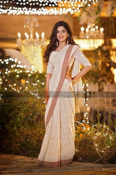 mawra-hocane-saree-qawali-night Urwa Hocane Farhan Wedding Pics| Nikah Walima Dholki Barat