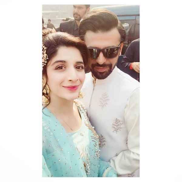 mawra-hocane-with-farhan-saeed-on-nikkah Urwa Hocane Farhan Wedding Pics| Nikah Walima Dholki Barat