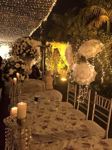 urwa-and-farhan-qawali-night-decoration Urwa Hocane Farhan Wedding Pics| Nikah Walima Dholki Barat