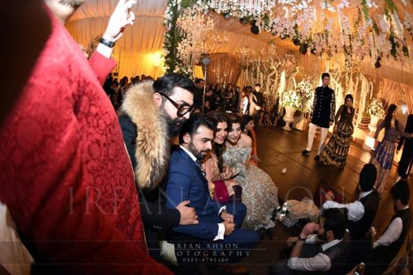 urwa-and-farhan-wedding-pictures Urwa Hocane Farhan Wedding Pics| Nikah Walima Dholki Barat