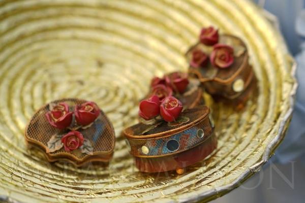 urwa-farhan-nikkah-bid-goodies Urwa Hocane Farhan Wedding Pics| Nikah Walima Dholki Barat