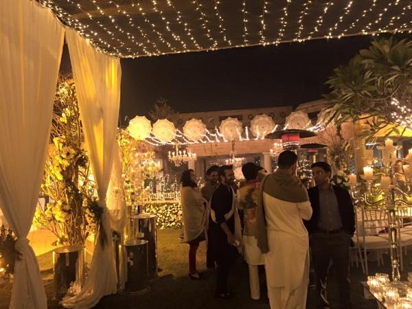 urwa-farhan-qawali-night-decor Urwa Hocane Farhan Wedding Pics| Nikah Walima Dholki Barat
