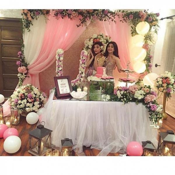 urwa-hocane-bridal-shower Urwa Hocane Farhan Wedding Pics| Nikah Walima Dholki Barat