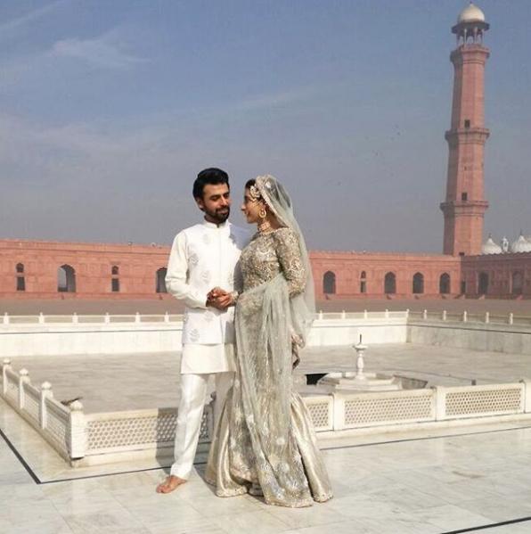 urwa-hocane-nikkah-outfit-by-elan Urwa Hocane Farhan Wedding Pics| Nikah Walima Dholki Barat