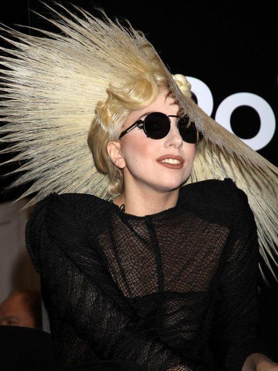 Funky hair Style lady Gaga
