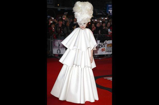 Lady Gaga crazy hairstyle