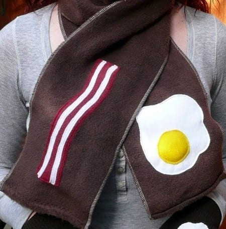 Unique Egg scarf