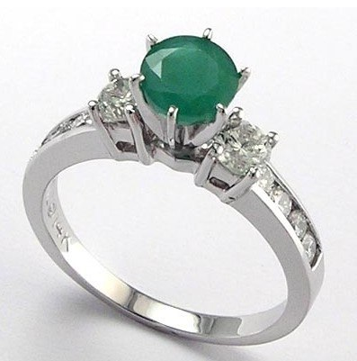 cool Emerald Engagement Rings