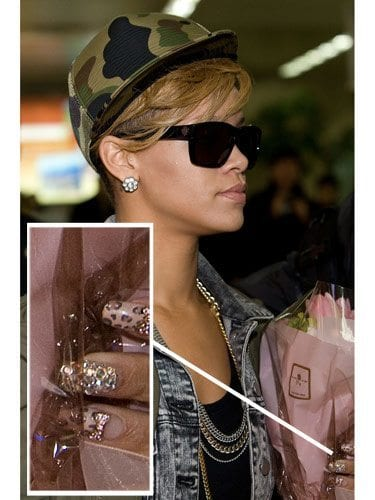 Rihana-nails-Fashion Celebrities Nails Fashion and Unique Nail Designs