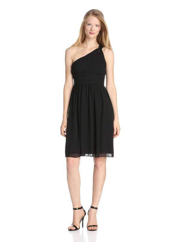quick-outfits-for-women 10  Amazing  Timeless Dresses for Womens Closet