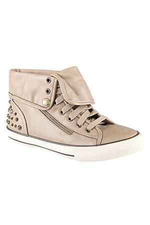 Aldo-High-tops-for-girls Top 20 Branded Sneakers for Women 2019 - Celebrities Choice