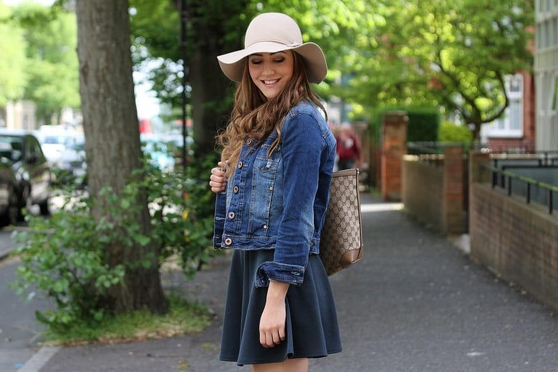 Denim-Jackets-with-Skirt Outfits with Denim Jacket-20 Ideas How to Wear Denim Jackets