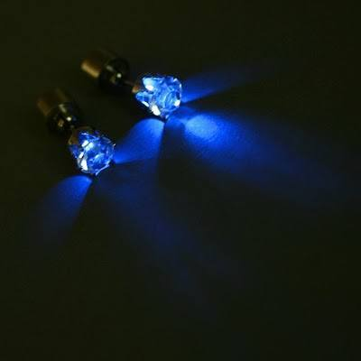 Glowing-earrings WARNING:These 22 World Most Crazy Earrings Will Blow Your Mind