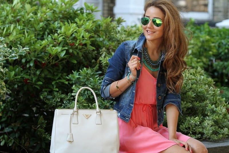 Sey-Chic-Denim-Jackets Outfits with Denim Jacket-20 Ideas How to Wear Denim Jackets