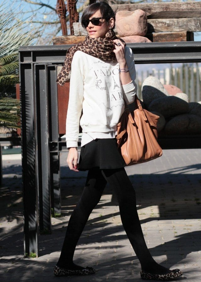 Animal-print-scarves-for-women Outfits with Scarves-18 Chic Ways to Wear Scarves for Girls