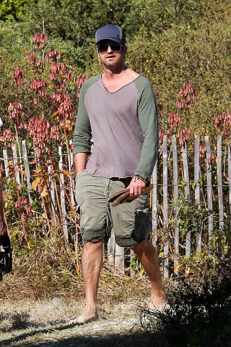 How-celebrities-wear-Bermuda-shorts 26 Cool and Stylish Bermuda Shorts for Men This Season
