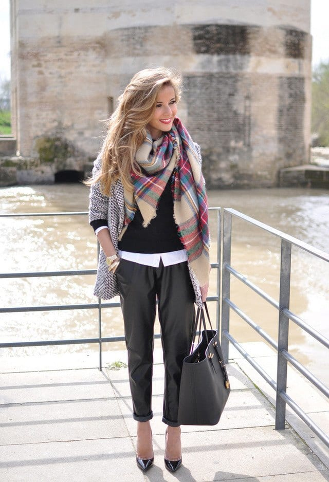 Latest-scarves-fashion-ideas Outfits with Scarves-18 Chic Ways to Wear Scarves for Girls