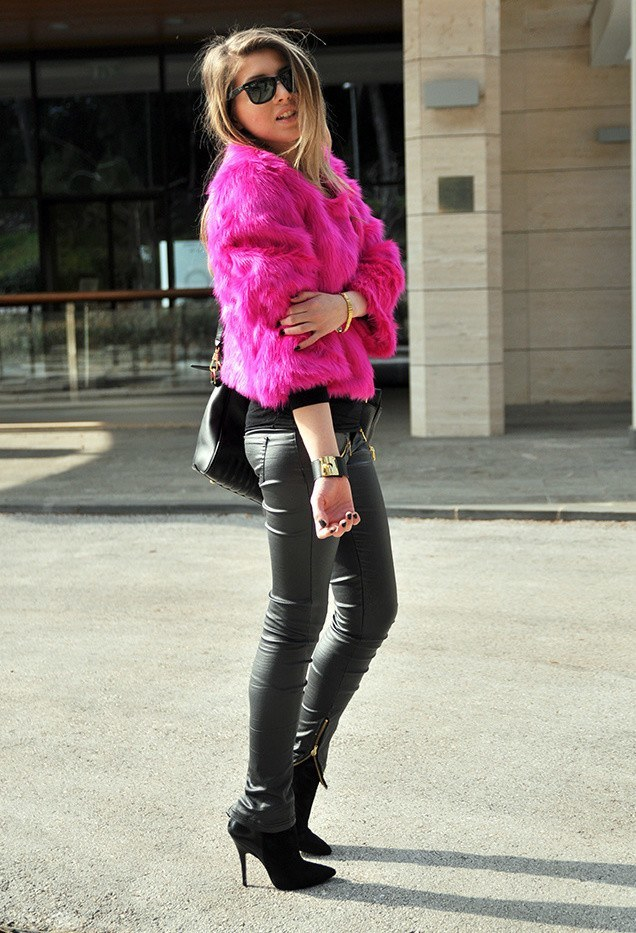 Skin tight leather pants for women