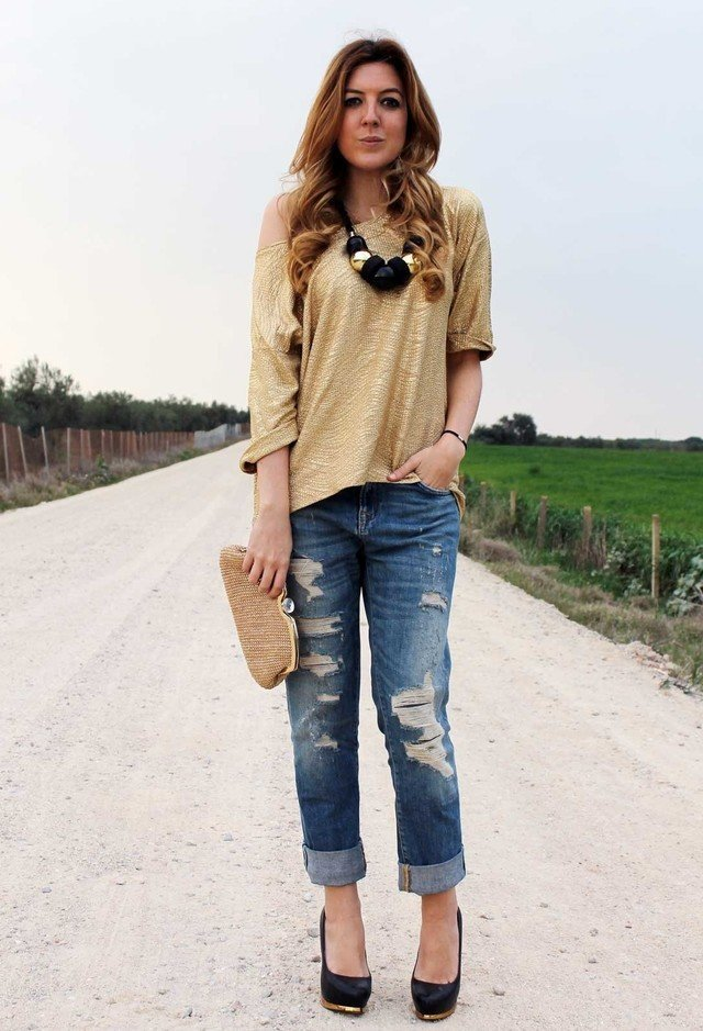 cut out Boyfriend jeans women