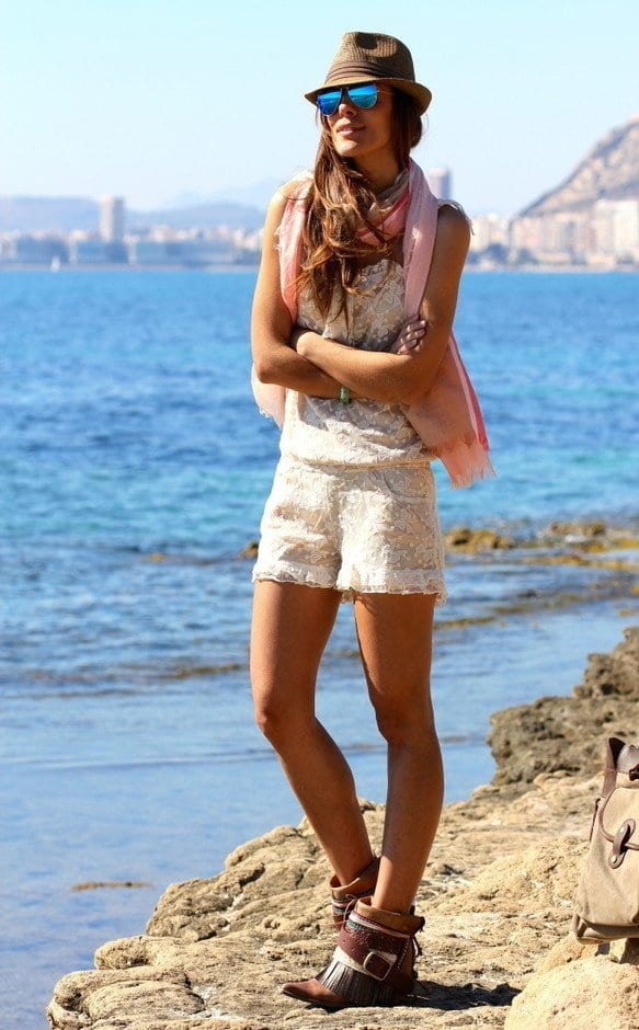 how-to-look-sexy-in-summer-women 16 Popular and Cool Summer Outfit Ideas for Women