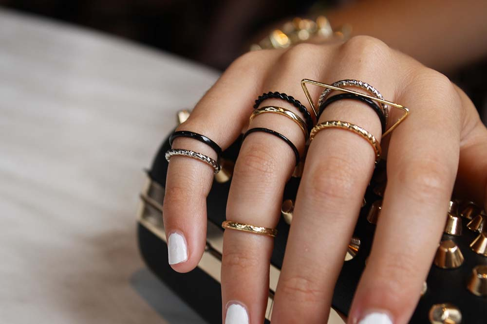 multiple-rings-combos-ideas 21 Most Awesome Multiple Rings Combos You Must Try