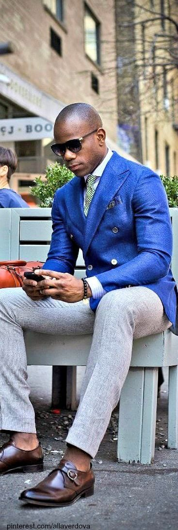 Casual-dressing-for-dark-complexion-guys 18 Popular Dressing Style Ideas for Black Men - Fashion Tips