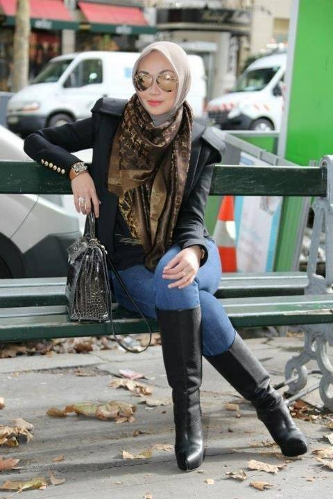 Hijab with long boots