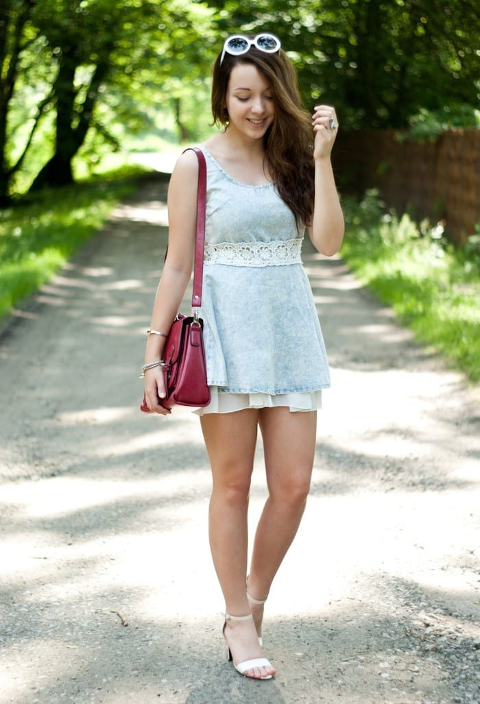 Light-denim-dress 32 Beautiful Denim Dress to Inspire your daily Fashion
