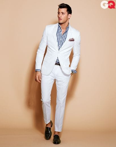 suite-white-attractive 30 Amazing Men's Suits Combinations to Get Sharp Look