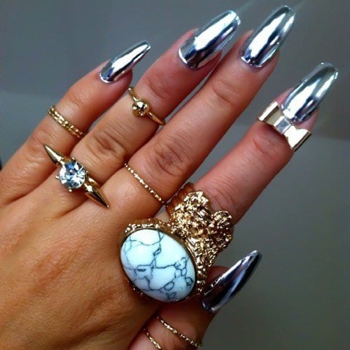 Long metallic Nail Art