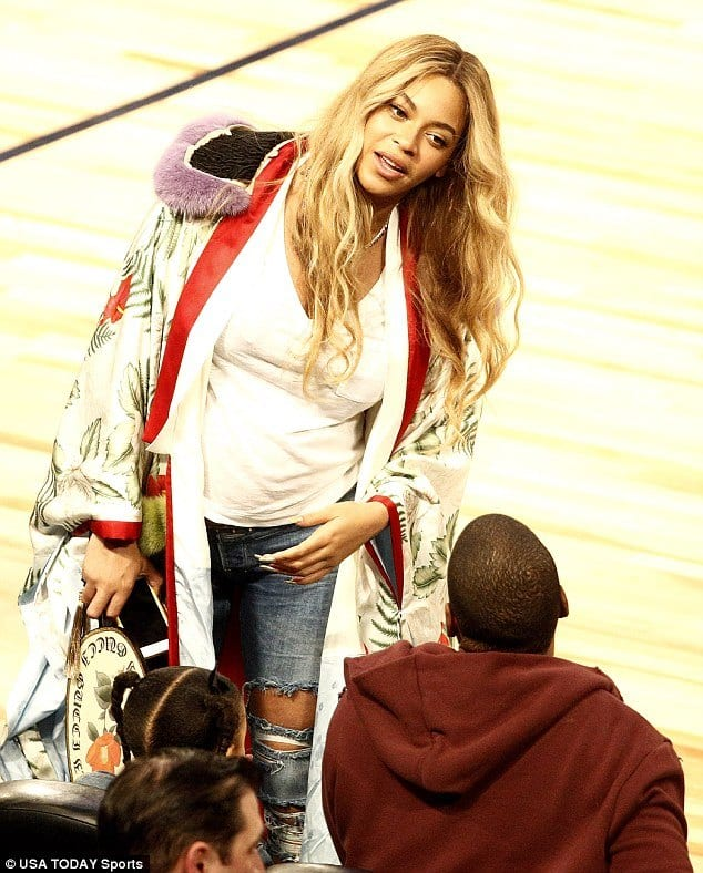 beyonce-pregnancy-outfits Outfits for Pregnant Women-15 Best Maternity Outfit Ideas