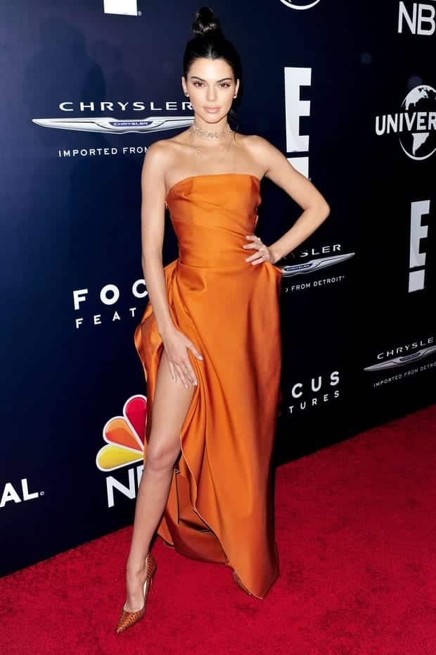 golden-globes-gown-kendall-jenner 30 Most Stylish Kendall Jenner Outfits of All Time