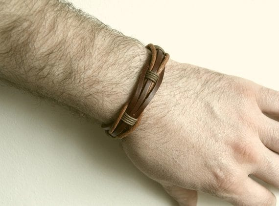 guys-with-cool-bracelets 35 Most Trendy and Cool Leather Bracelets for Men