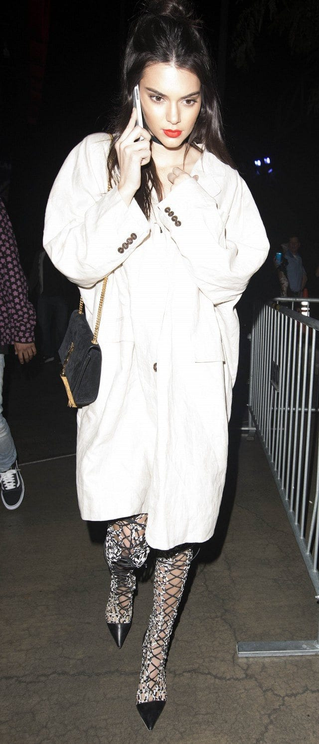 kendall-jenner-best-outfit-2016 30 Most Stylish Kendall Jenner Outfits of All Time