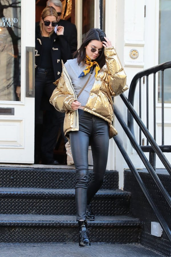 kendall-jenner-golden-jacket-winters 30 Most Stylish Kendall Jenner Outfits of All Time