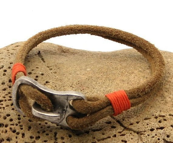leather-and-metal-mens-bracelet 35 Most Trendy and Cool Leather Bracelets for Men