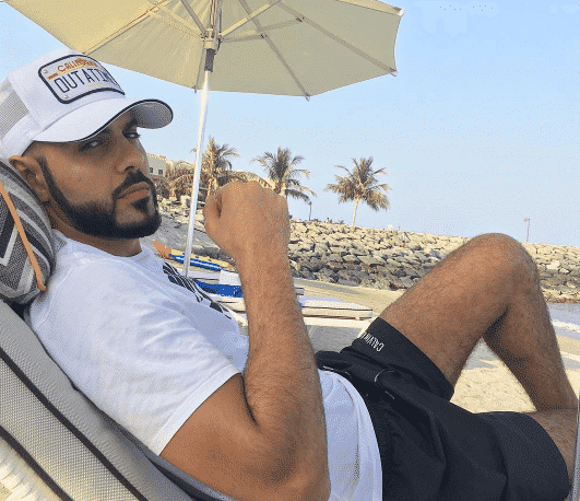 omar-borkan-beach-outfit Omar Borkan's 100 Latest, Hottest and Most Stylish Pictures