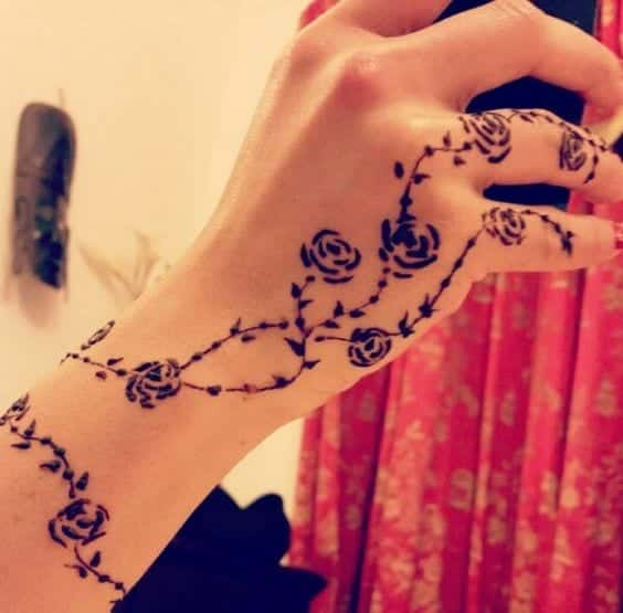 rose-henna-design 10 Amazing Mehndi Designs Ideas for this Season - Mehndi Art