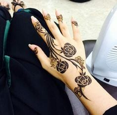 rose-mehndi-designs 10 Amazing Mehndi Designs Ideas for this Season - Mehndi Art