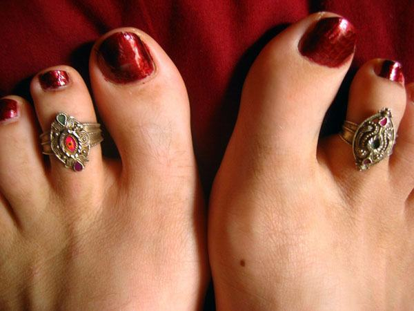 Cool Toe Rings
