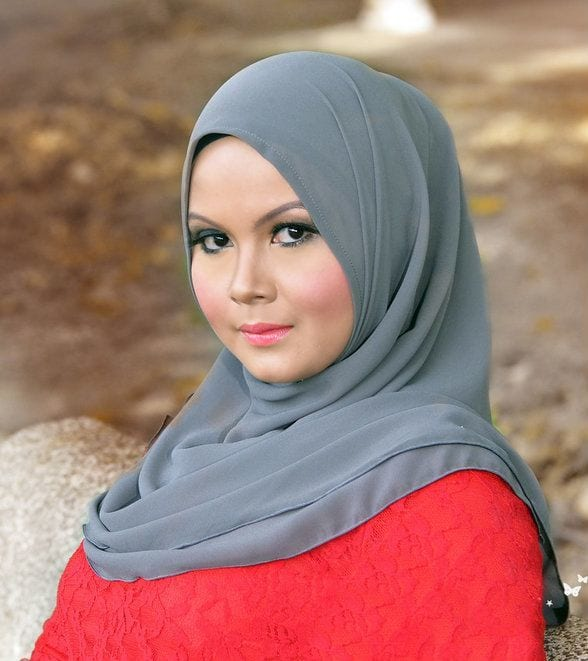 Popular-hijab-style 18 Popular Hijab Fashion Ideas for Plus Size Women