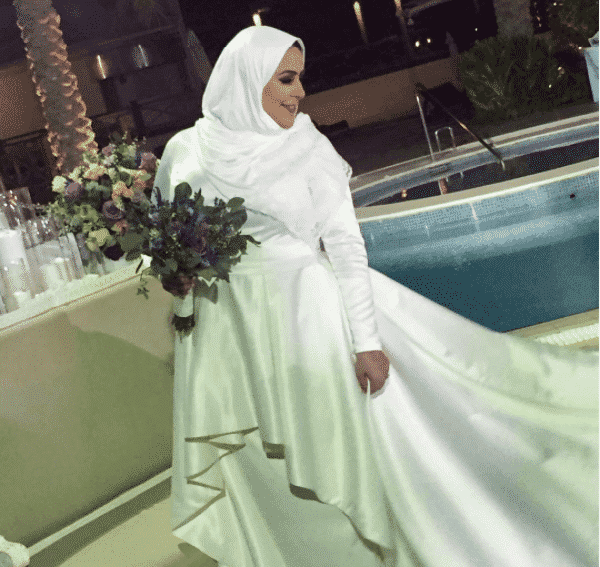 asymmetrical-gowns-for-curvy-hijabis 18 Popular Hijab Fashion Ideas for Plus Size Women