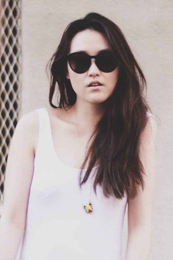 Black-sunglasses-teenage-girls 14 Most Stylish Sunglasses for Teenage Girls This Season