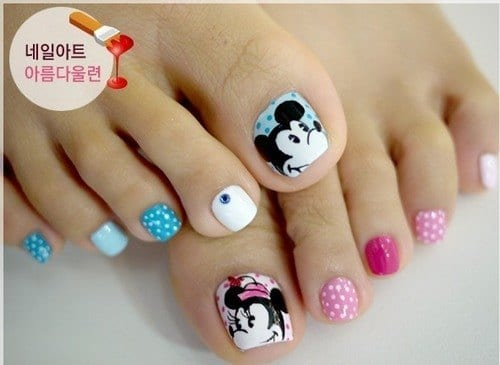 Cartoon Toe nail Designs