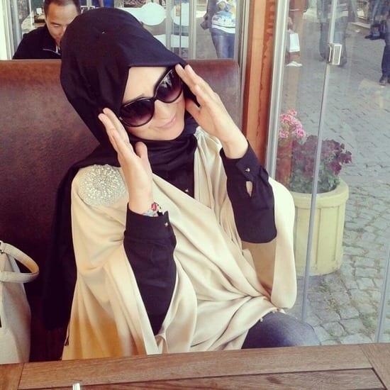 How-to-wear-sunglasses-with-hijab Hijab With Glasses-17 Ideas to Wear Sunglasses with Hijab