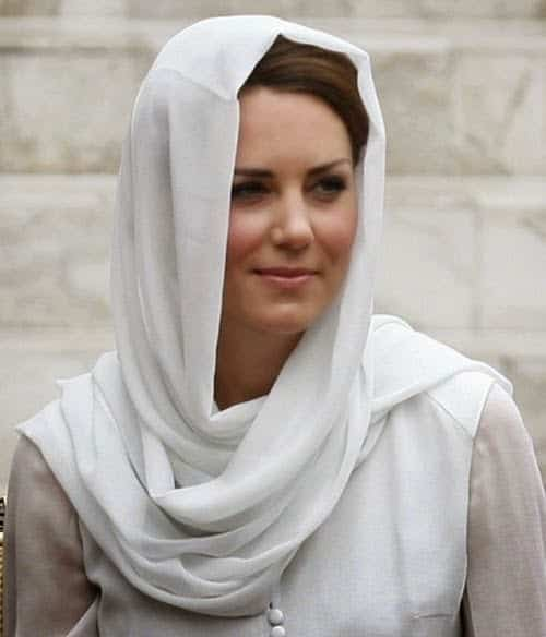 Kate-Middleton-in-Hijab Top 10 Non Muslim Celebrities in Hijab:Hollywood Celebrities in Hijab