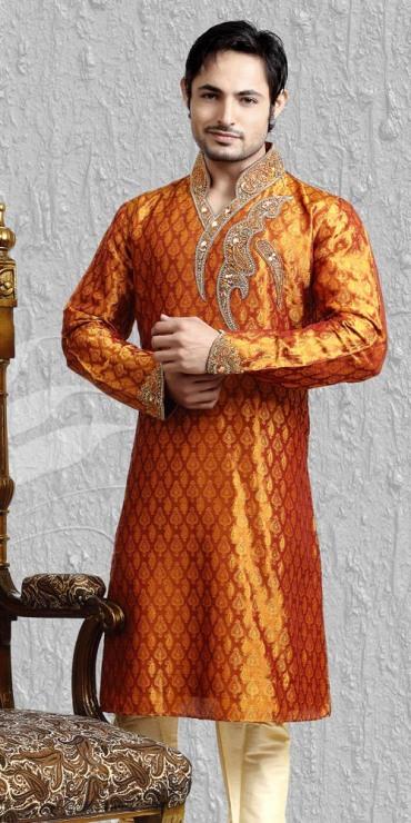 Mehndi-dresses-for-Groom 12 Stylish Pakistani Groom Mehndi Dresses for This Season