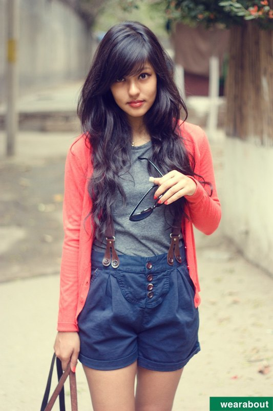 Street-style-fashion-Indian-Teenage-girls 15 Stylish Indian Street style Fashion Ideas for Women