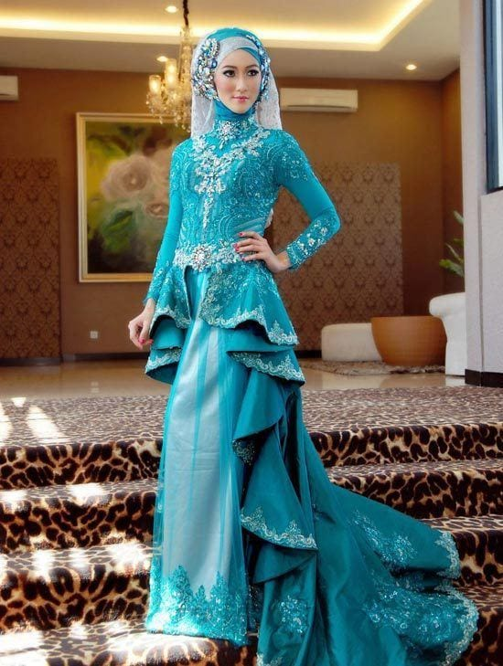 Stylish Hijab wedding gowns
